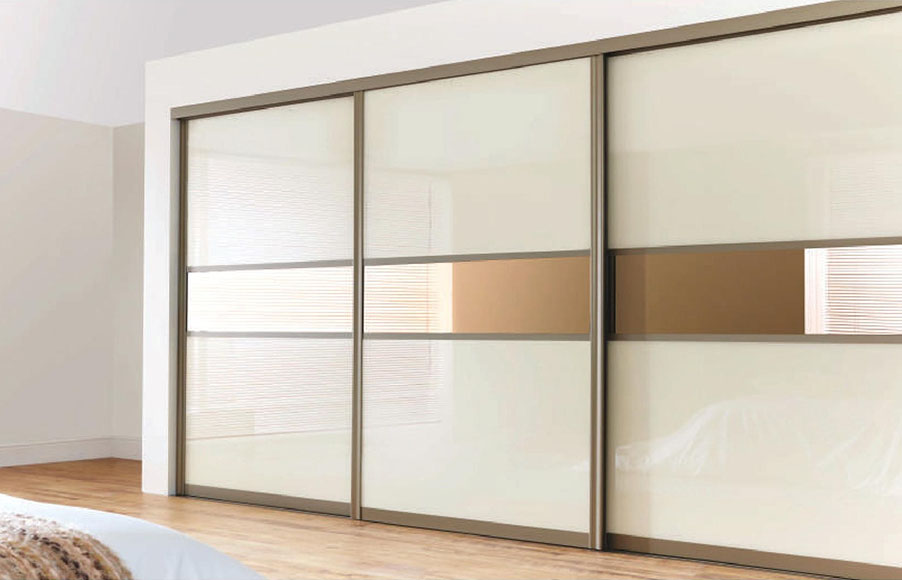 sliding door with silent soft closing system